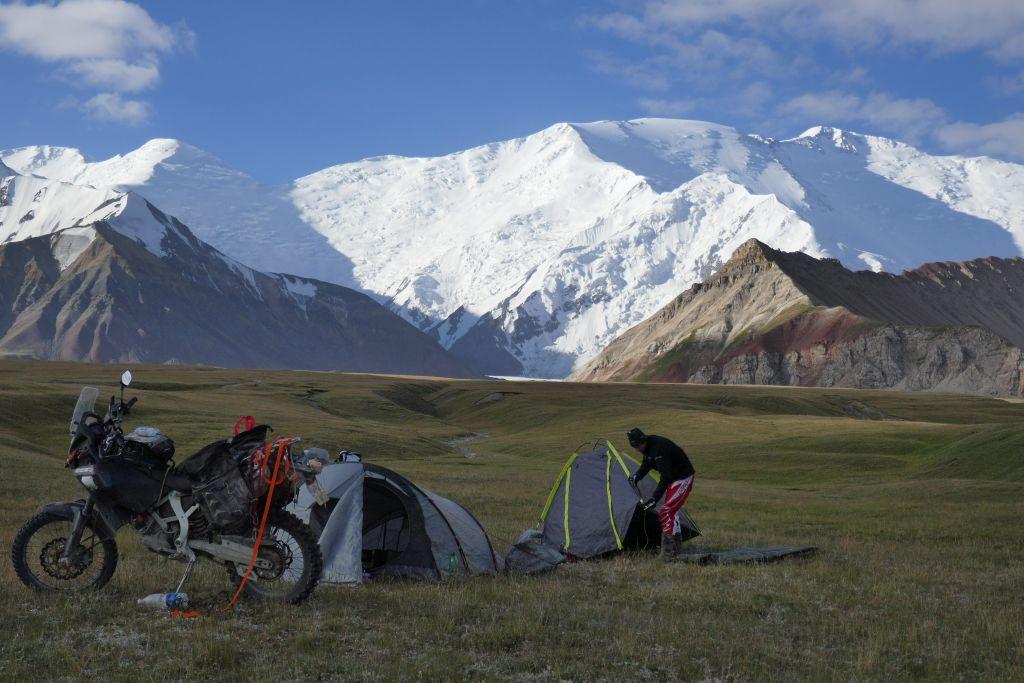 Stany, Stany, fajowa jazda – Kirgistan, Tadżykistan | Świat