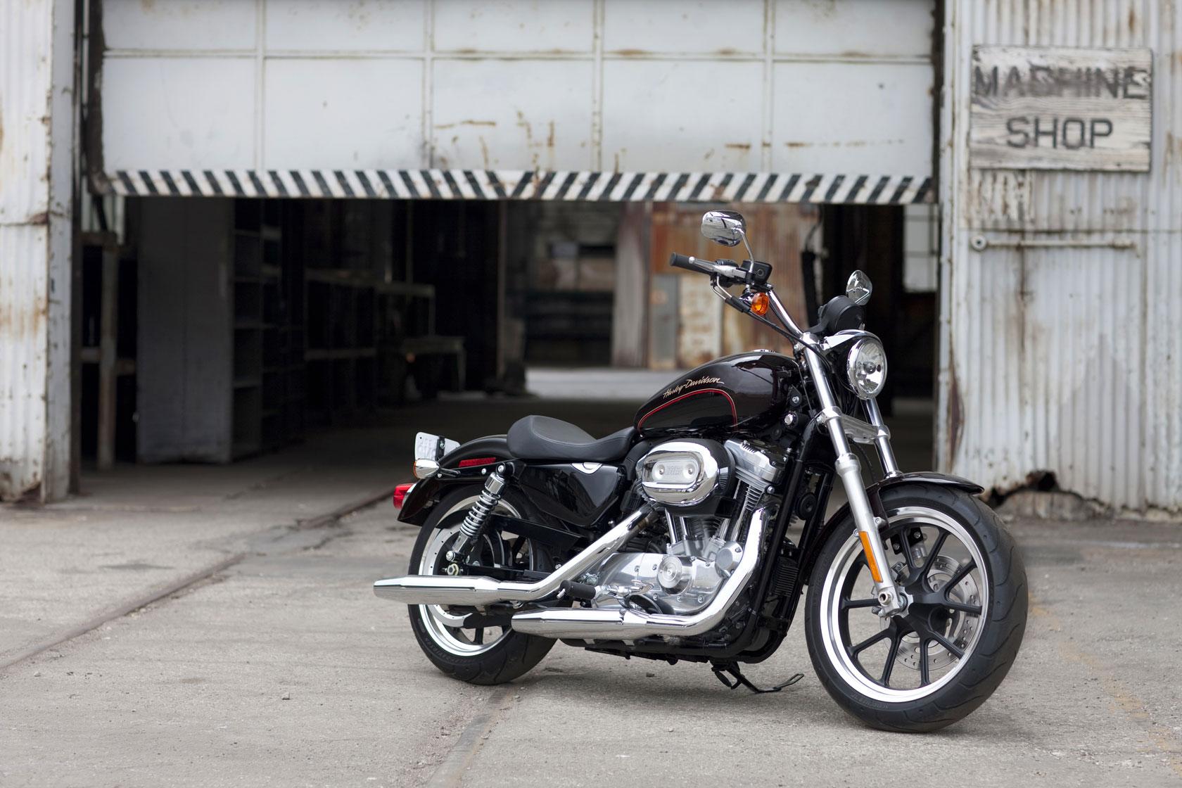 Harley-Davidson Sportster 883 SuperLow