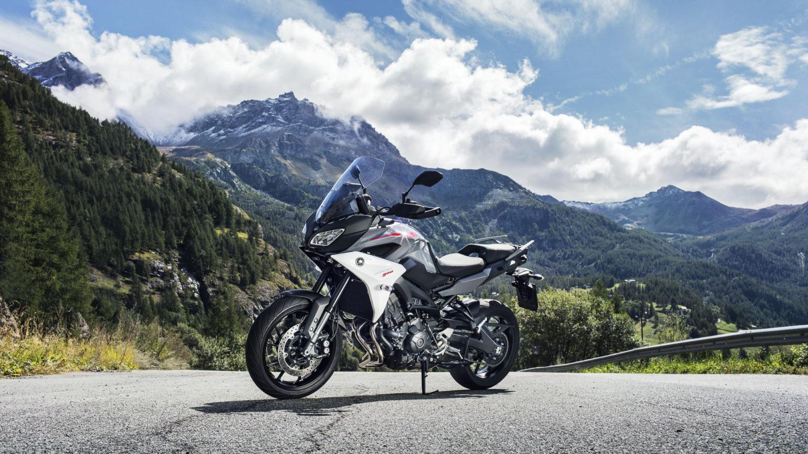 2018-Yamaha-Tracer-900-EU-Nimbus-Grey-Static