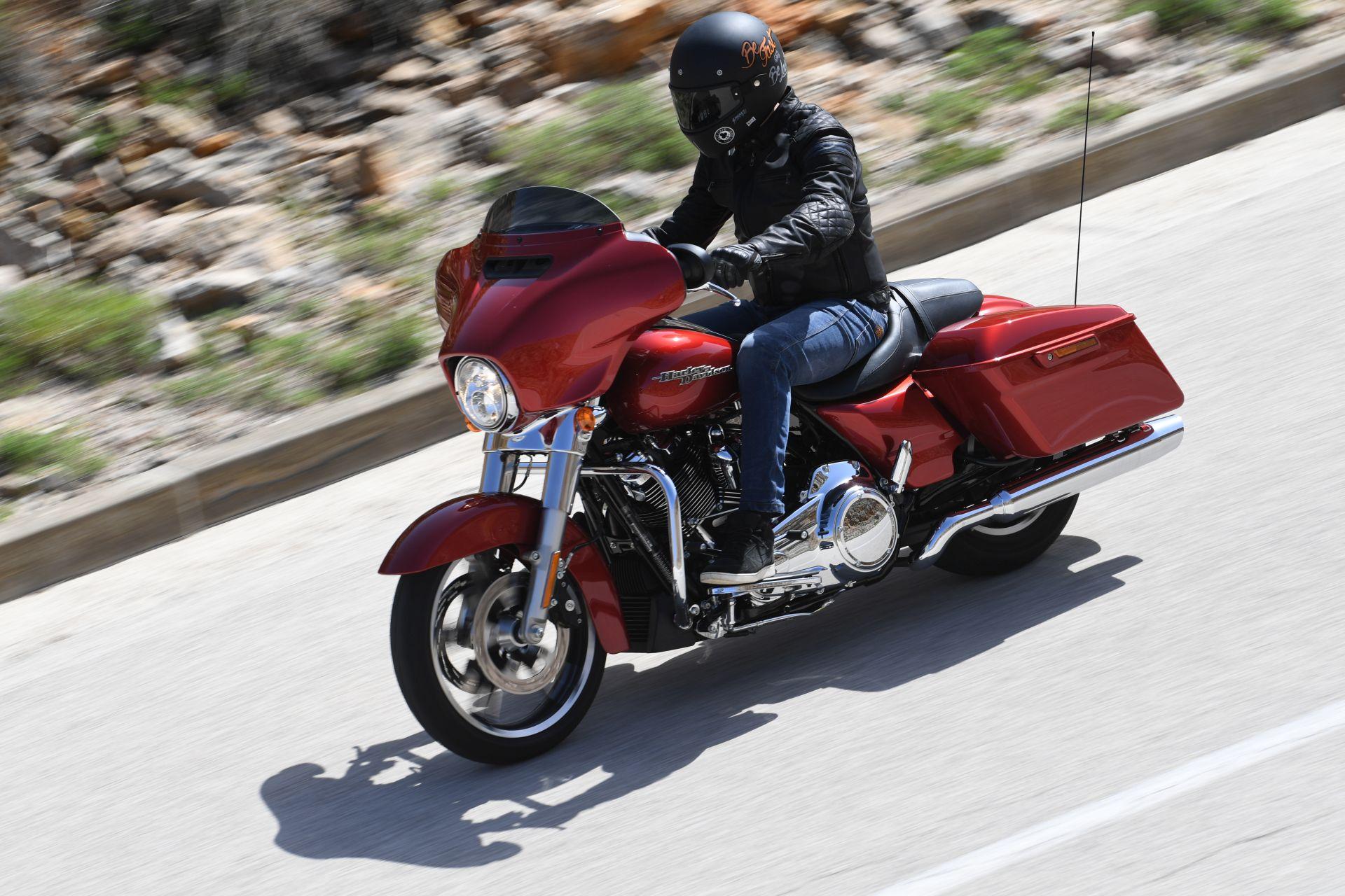 H-D Street Glide, Iron 1200, Forty Eight, Flat Trac Dlaczego jeździmy na motocyklach?