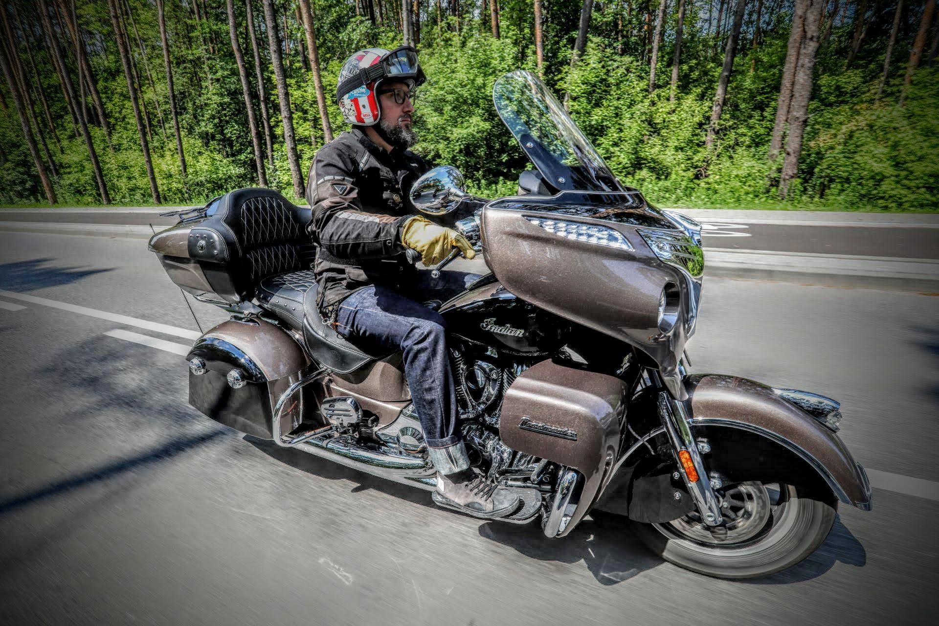 20.07.2018 Warszawa , Motocykle Harley Davidson - Utra Limited oraz Indian Roadmaster testuja Lech Potynski i Michal Mazurek . Fot. Slawomir Kaminski / Agencja Gazeta