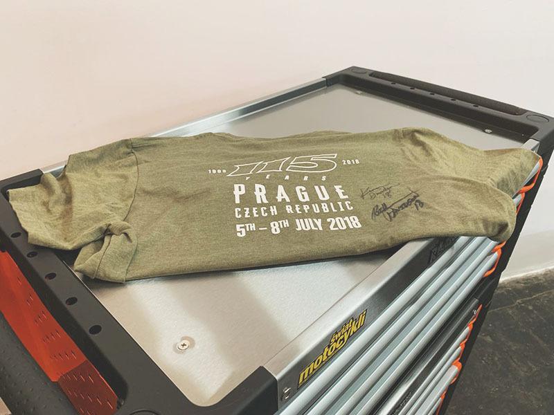 T-shirt Harley-Davidson z autografami