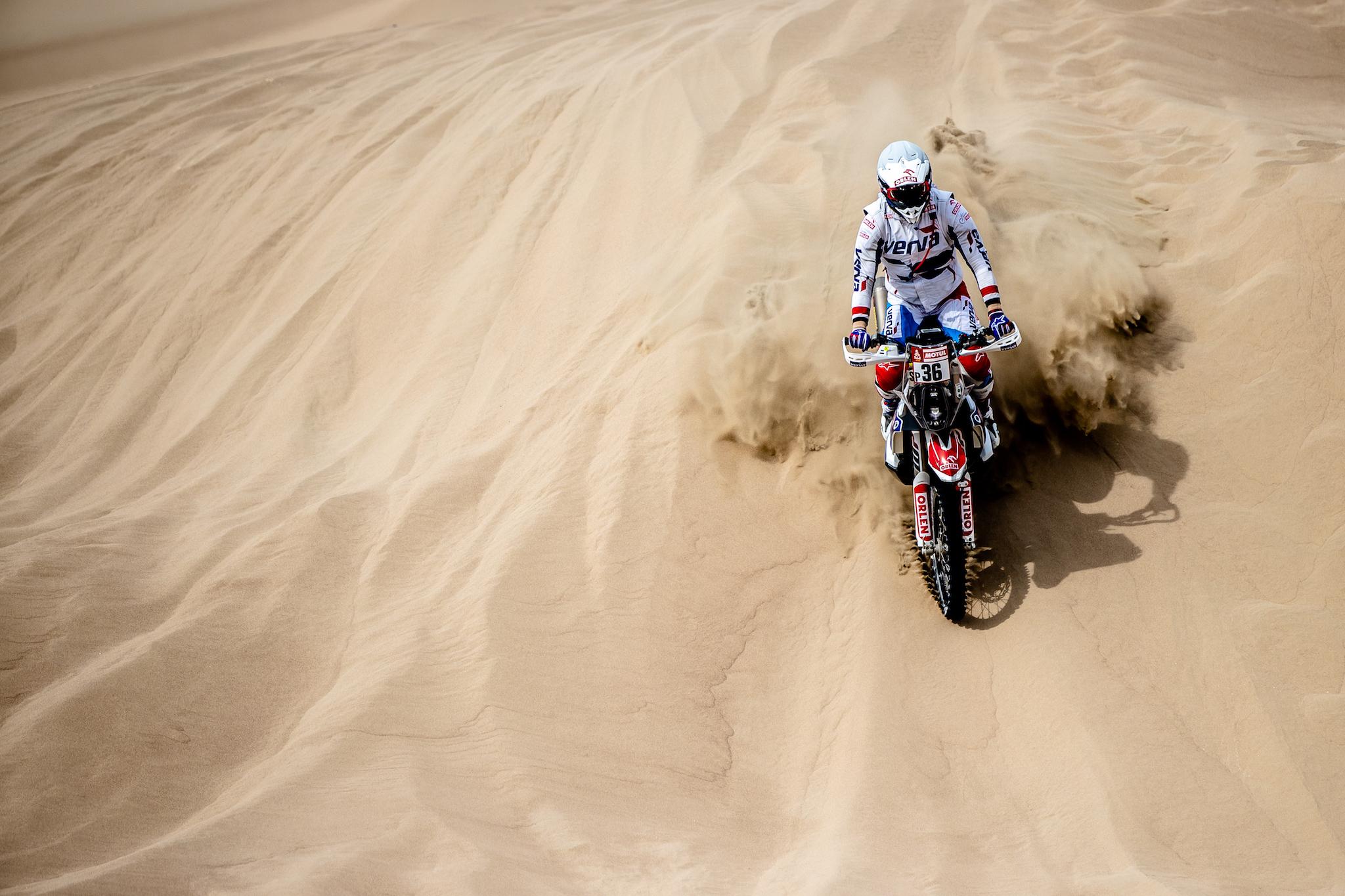 Dakar2019_ORLEN_Team_SS2_Maciek_Adam (2)