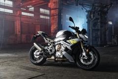 BMW-S-1000-R-2021-16