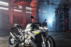 BMW-S-1000-R-2021-18