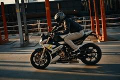 BMW-S-1000-R-2021-4