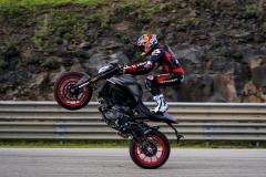 Ducati-Monster-2021-1