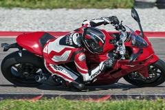 1_Ducati-SuperSport-950-2021-2