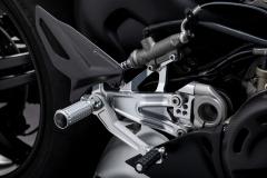 Ducati-Panigale-V4-SP-2021-9