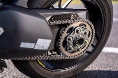 Ducati-Streetfighter-V4S-14-lancuch