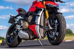 Ducati-Streetfighter-V4S-27-pion-przod