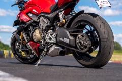 Ducati-Streetfighter-V4S-28-pion-tyl