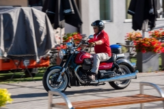 MotoGuzzi-Eldorado-07-ulica-lewy-przod