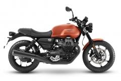 Moto-Guzzi-V7-Stone-2021-4