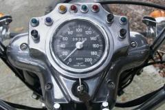Moto-Guzzi-V7-zegary