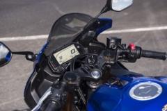 Yamaha R3 siedzenie