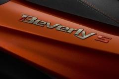 Piaggio-Beverly-400-2021-7