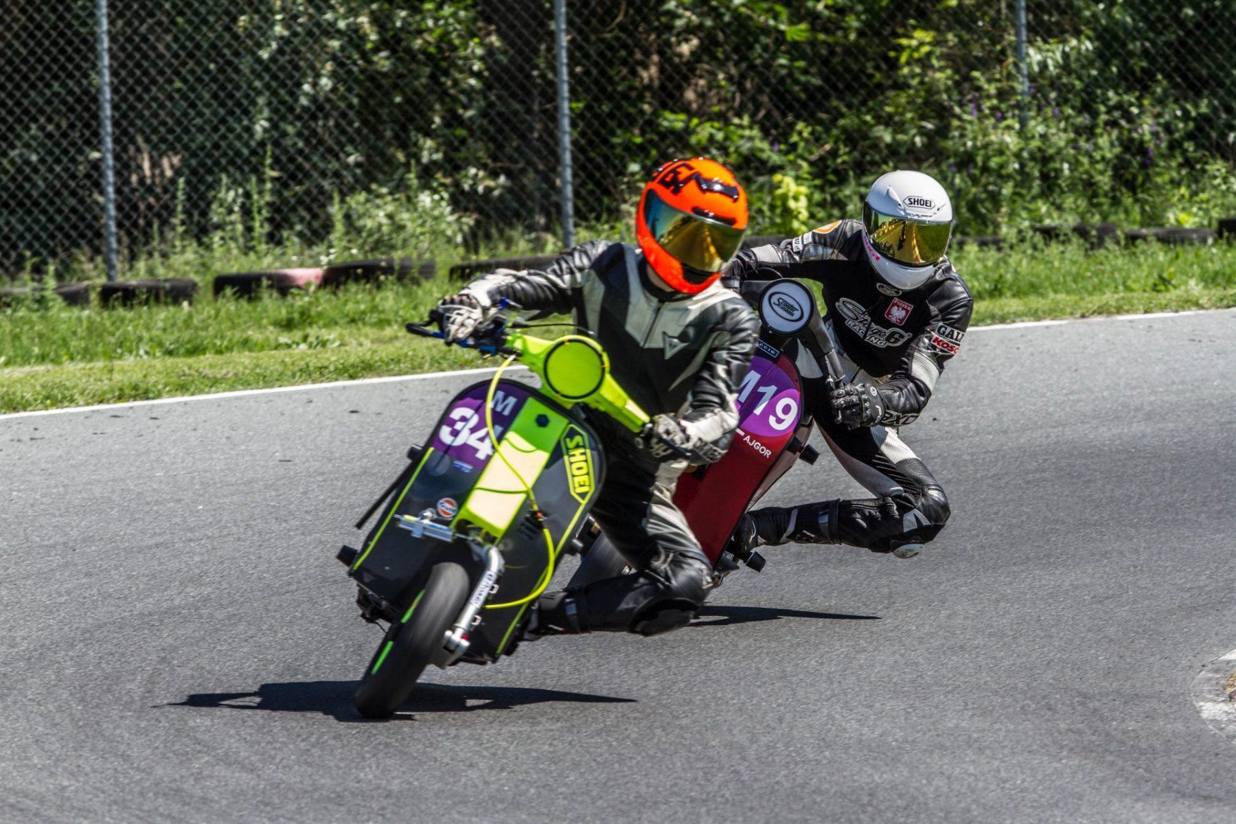 Wyścigi klasycznych skuterów