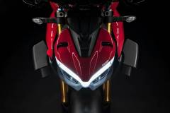 MY20_DUCATI_STREETFIGHER-V4-S_19_UC101702_Mid