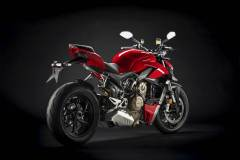 MY20_DUCATI_STREETFIGHER-V4-S_28_UC101712_Mid