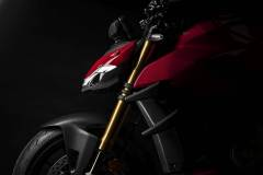 MY20_DUCATI_STREETFIGHER-V4-S_29_UC101680_Mid