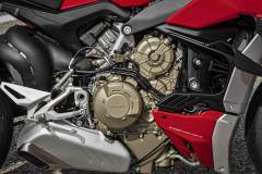 MY20_DUCATI_STREETFIGHTER-V4-S_AMBIENCE_41_UC101662_Mid