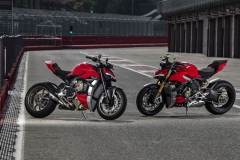 MY20_DUCATI_STREETFIGHTER-V4-S_AMBIENCE_44_UC101679_Mid