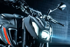 Yamaha_MT07_2021_08_lampa