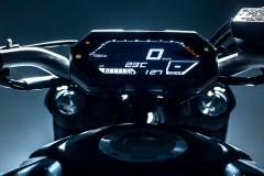 Yamaha_MT07_2021_12_kokpit