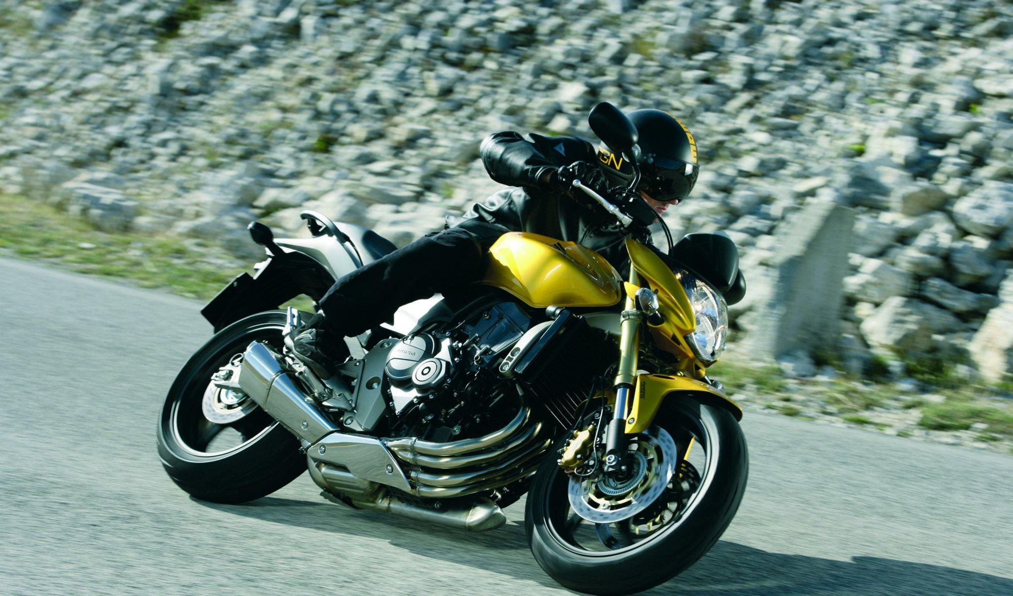 Honda Cb 600 Hornet Opinia świata Motocykli świat Motocykli