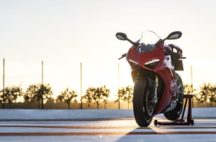 Ducati-Panigale-V4-PANIGALE-V4-STATIC-20