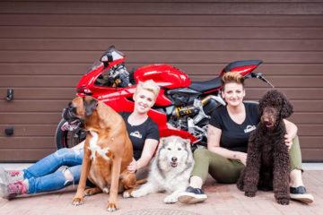 """wywiad z Moniką """"Katanką"""" Jaworską - jedną z najbardziej utytułowanych zawodniczek w wyścigach motocyklowych"""