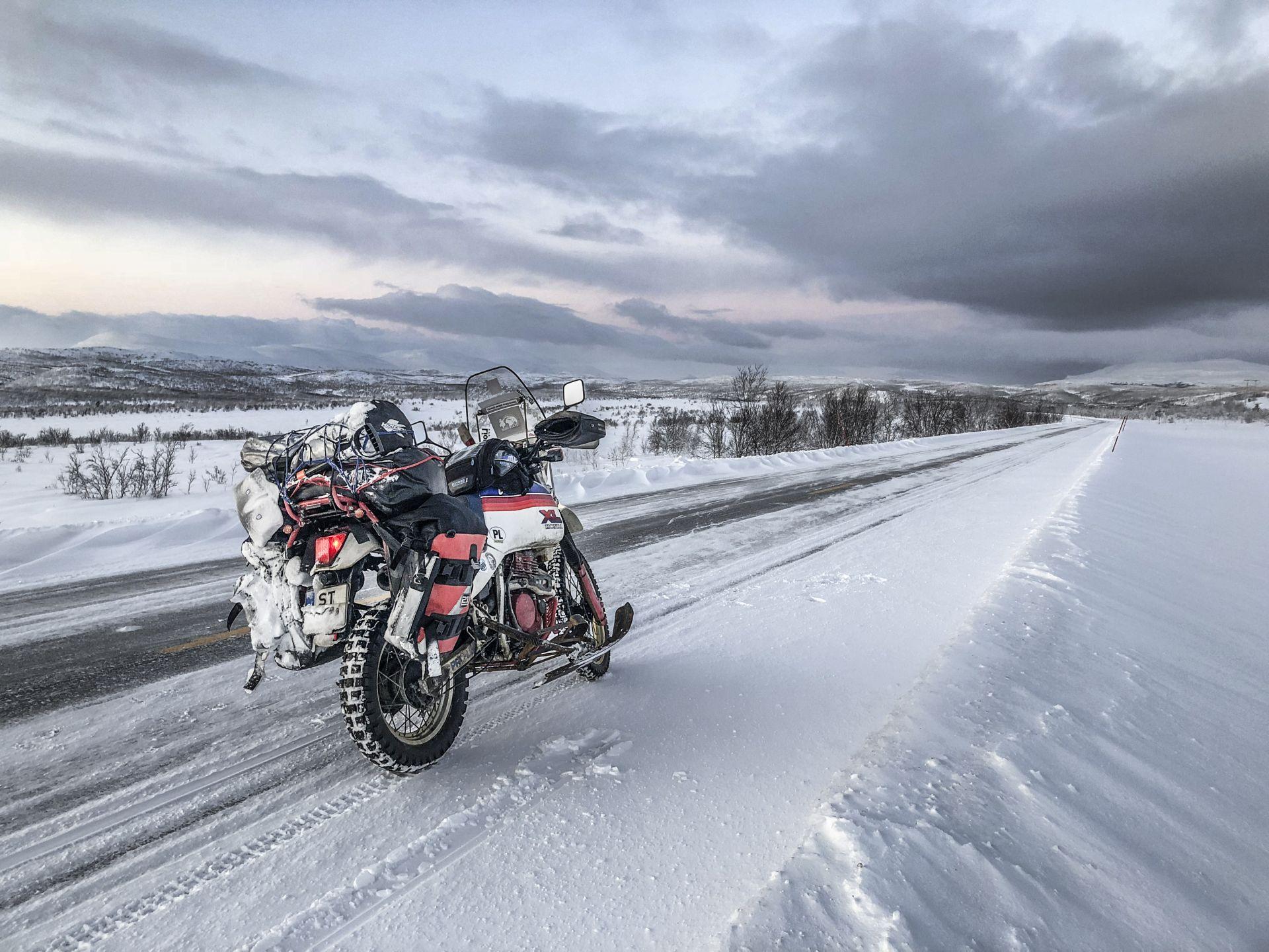Marek Suslik - zimowe wyprawy motocyklowe