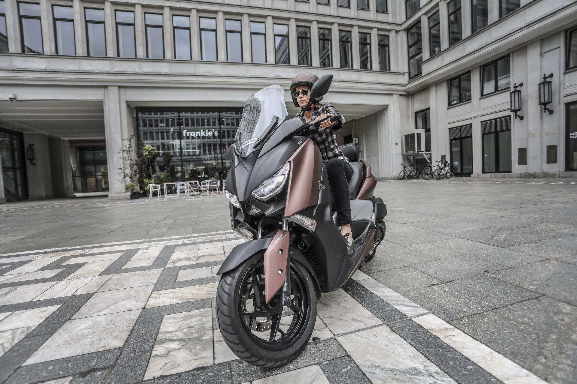 Skuter Yamaha X-Max 300