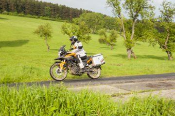 Jak zapakować motocykl na weekend?