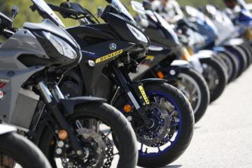 Dunlop SportSmart Mk3. Yamaha