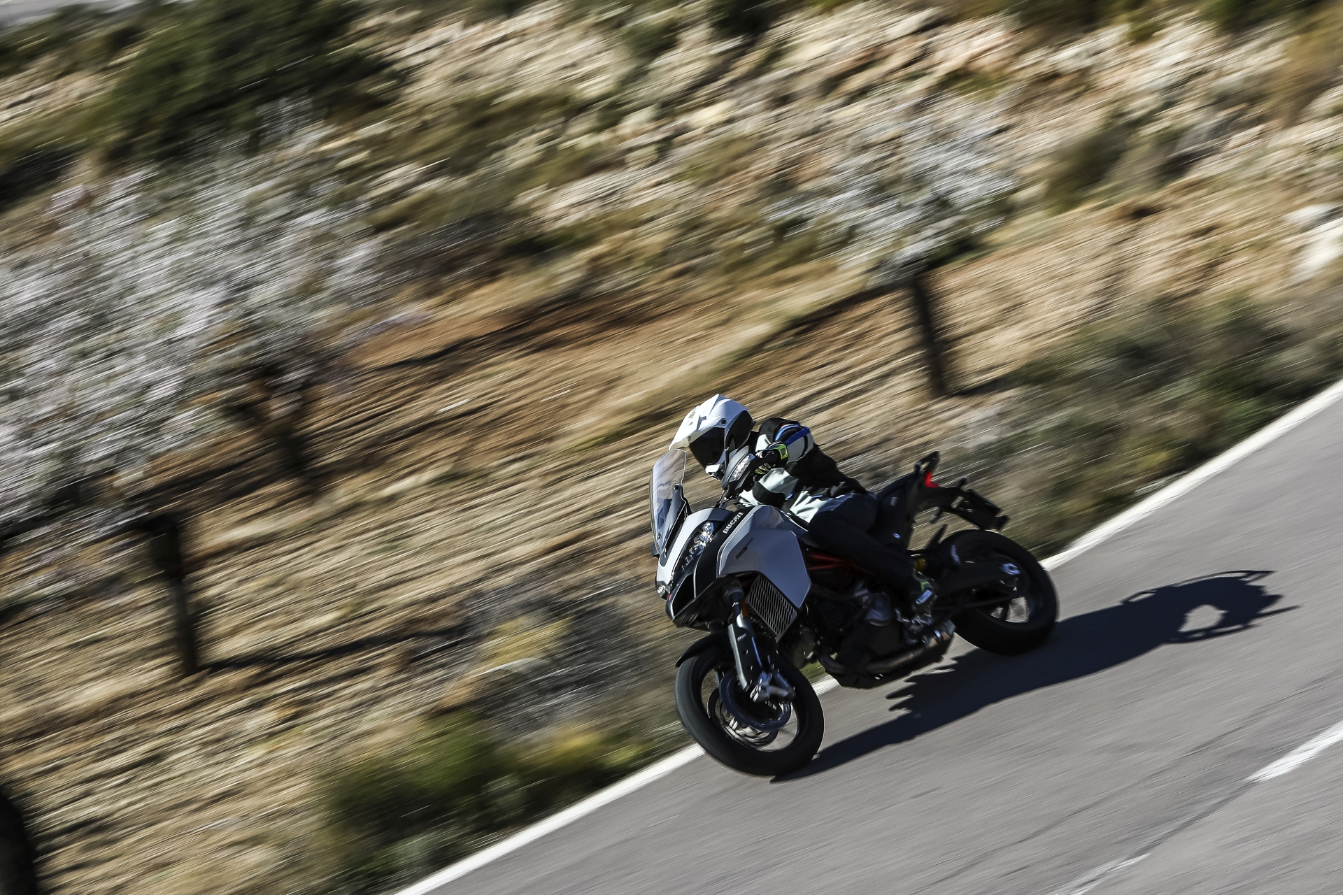 Ducati_Multistrada_950