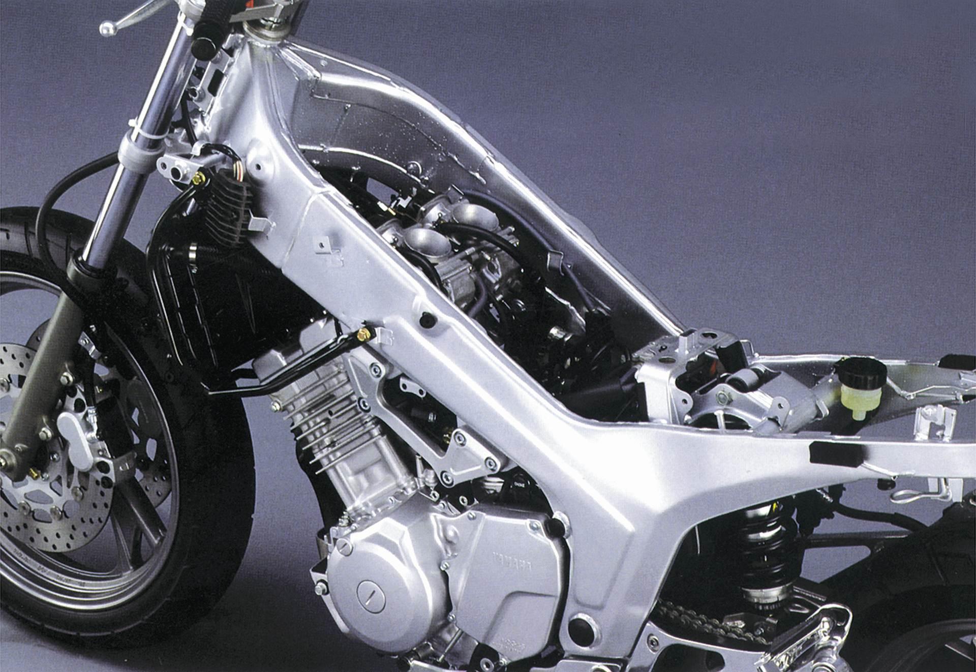 Yamaha TDM 900 - motocykl używany