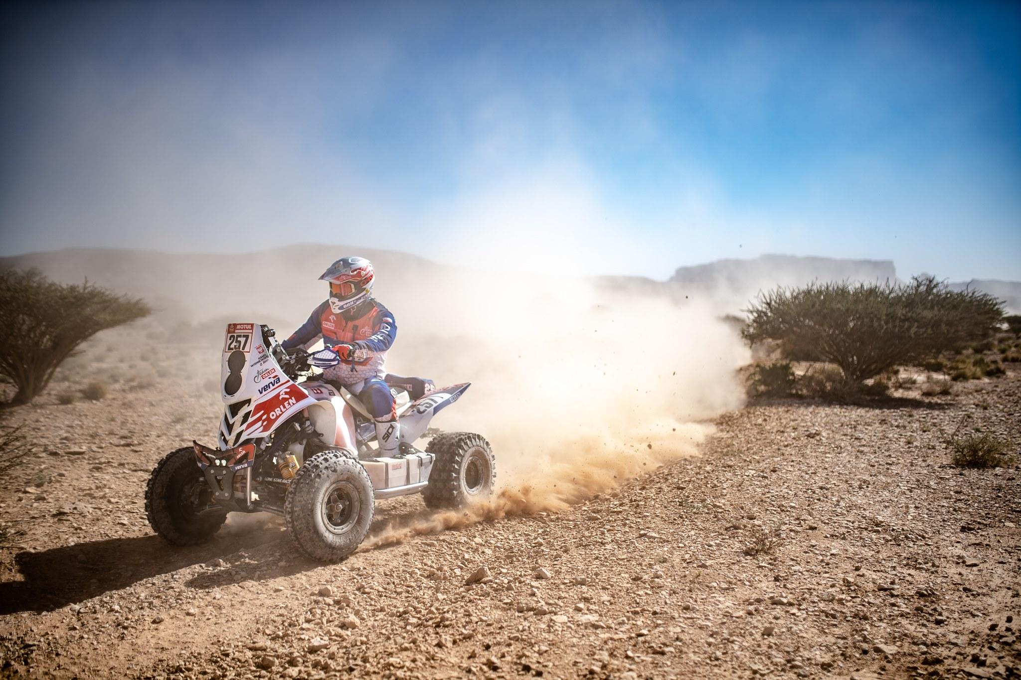 Dakar 2020. etap 10. Wygrywa Kamil WIśniewski