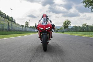 Ducati Panigale V4S. Test, opinia, dane techniczne