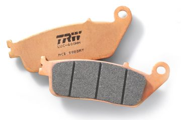 TRW Sinter Road & Track (SRT) Bremsbeläge für maximale Sicherheit, Langlebigkeit und Leistung auf den Punkt, selbst unter extremen Bedingungen. // TRW Sinter Road & Track (SRT) brake pads for maximum safety, durability and precise performance, even under extreme conditions.