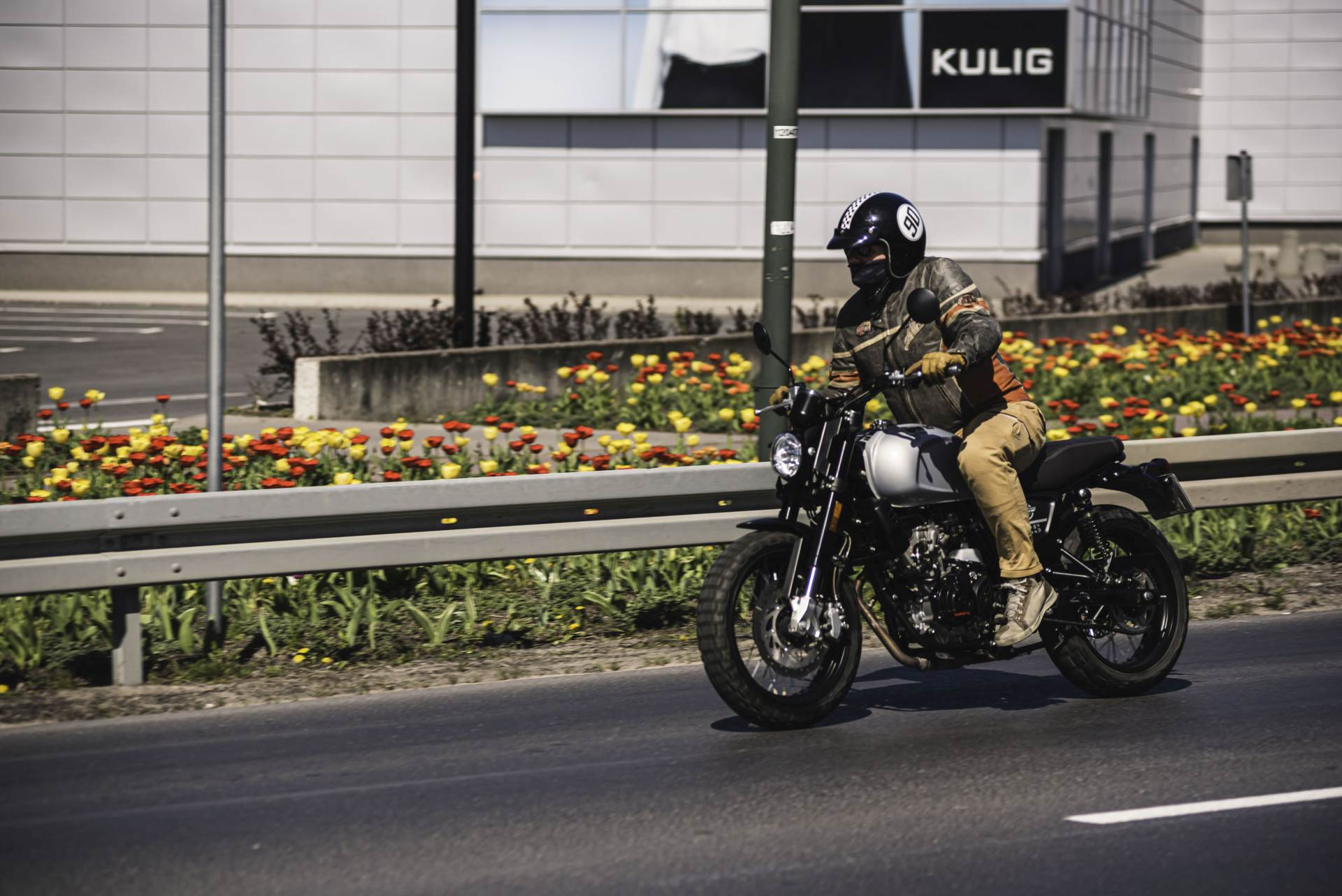 SWM Outlaw Gran Milano 125