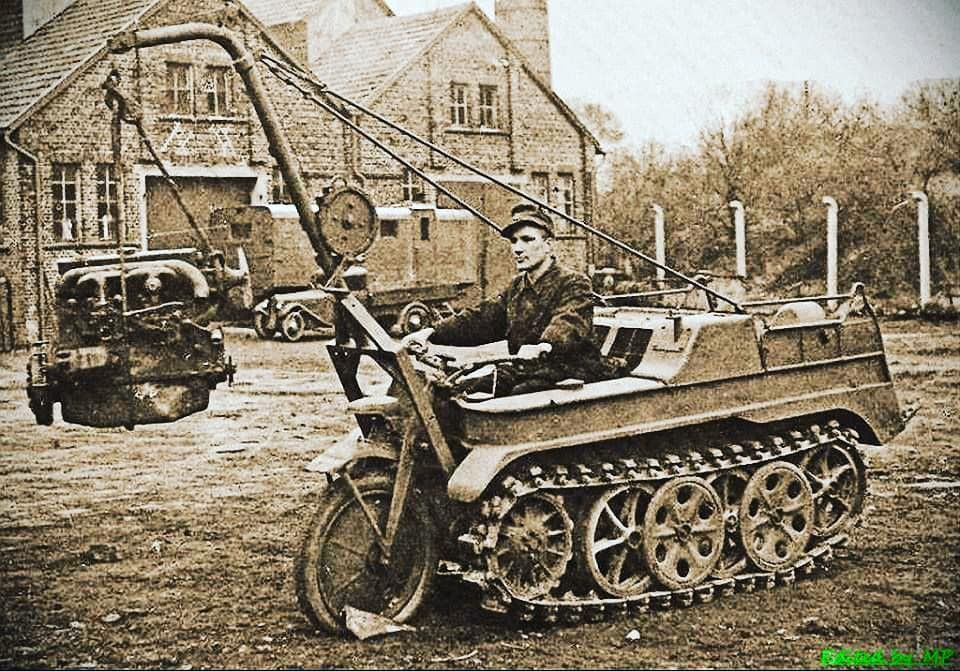 Kettekrad- motocykl z gąsienicami