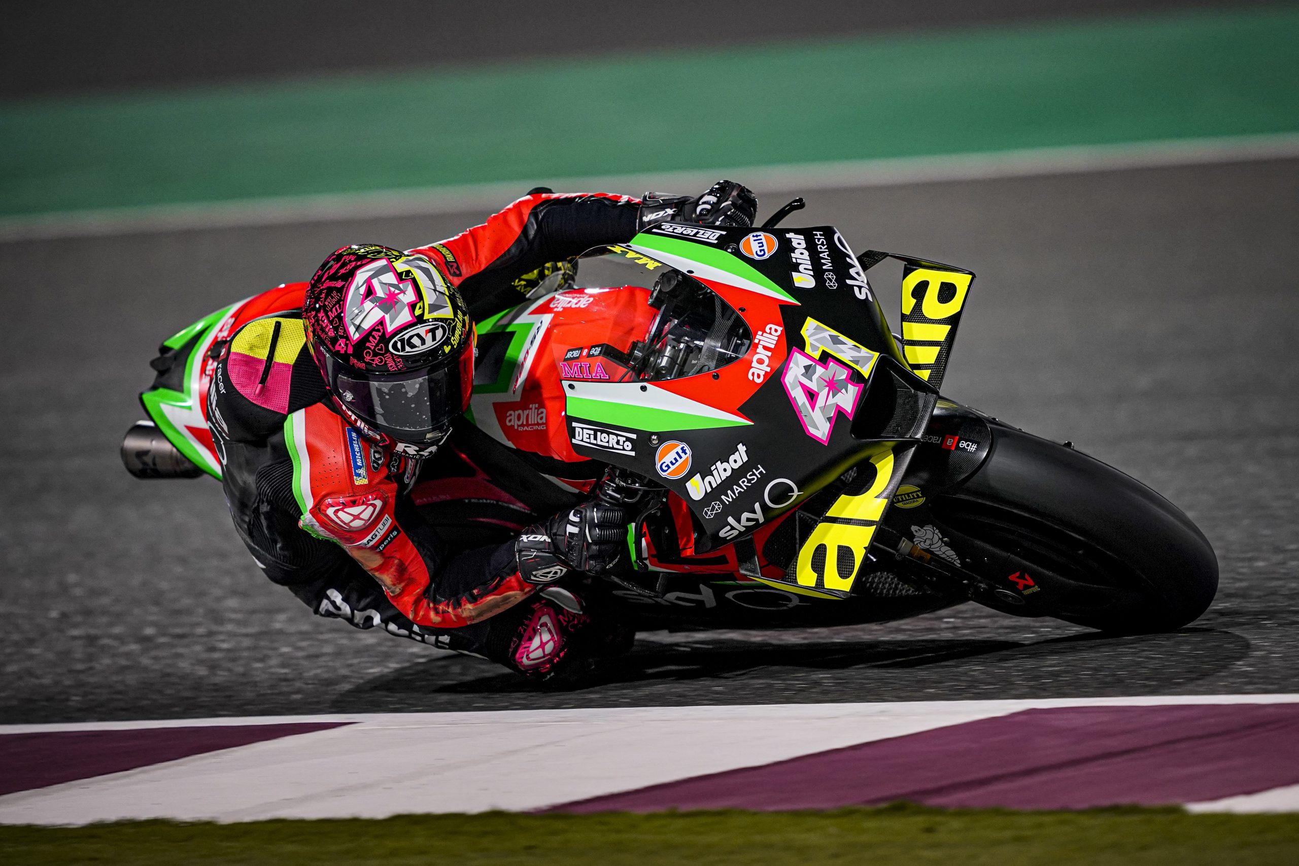 Aleix Espargaro na Aprilli w akcji – testy MotoGP w Katarze