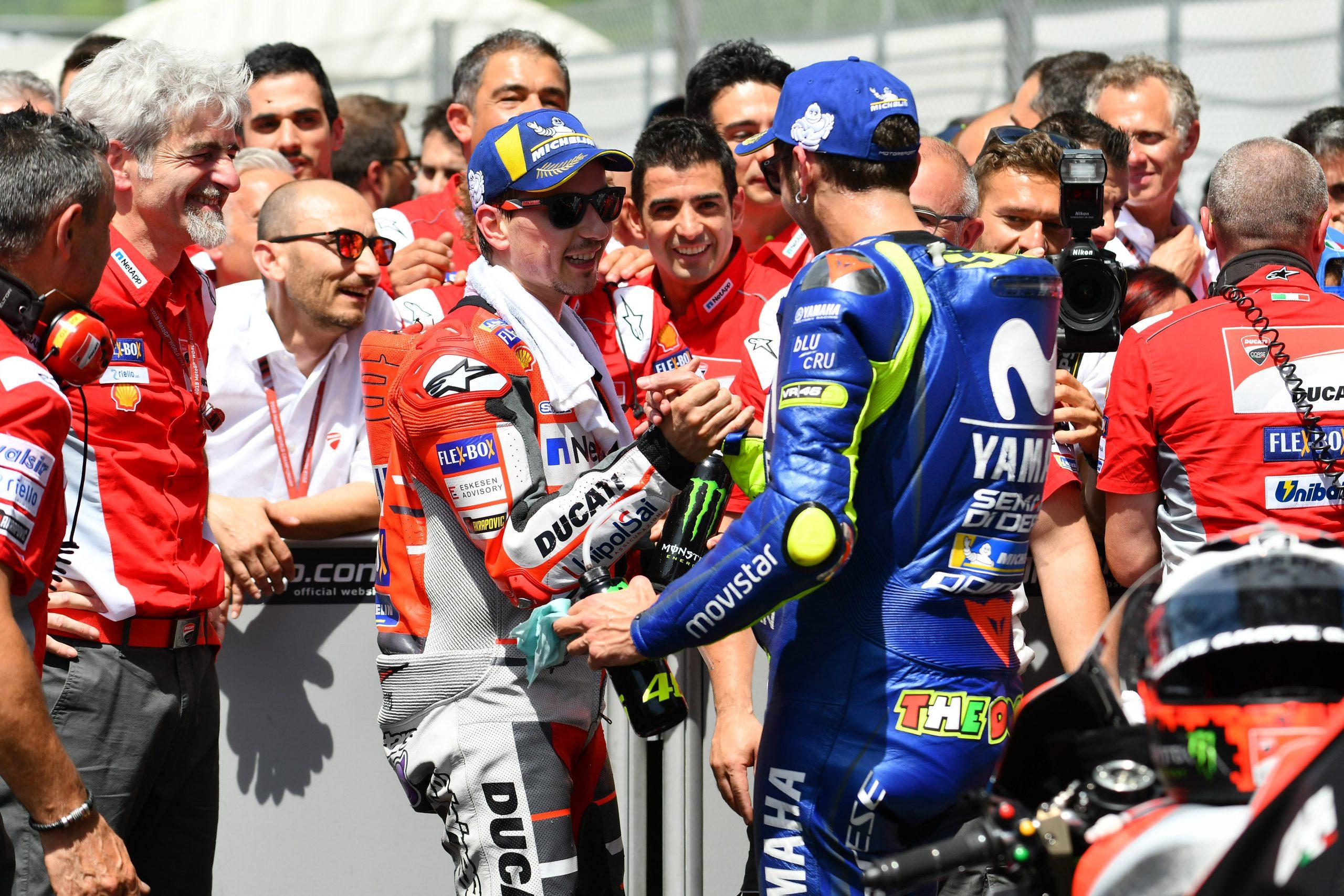 Jorge Lorenzo i Valentino Rossi w 2018 roku