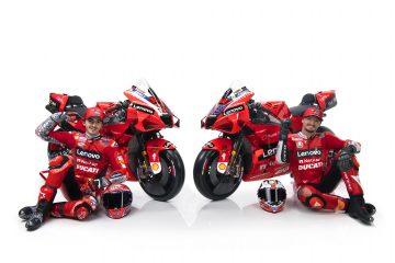 Francesco Bagnaia i Jack Miller podczas prezentacji Ducati Lenovo Team na sezon 2021 MotoGP