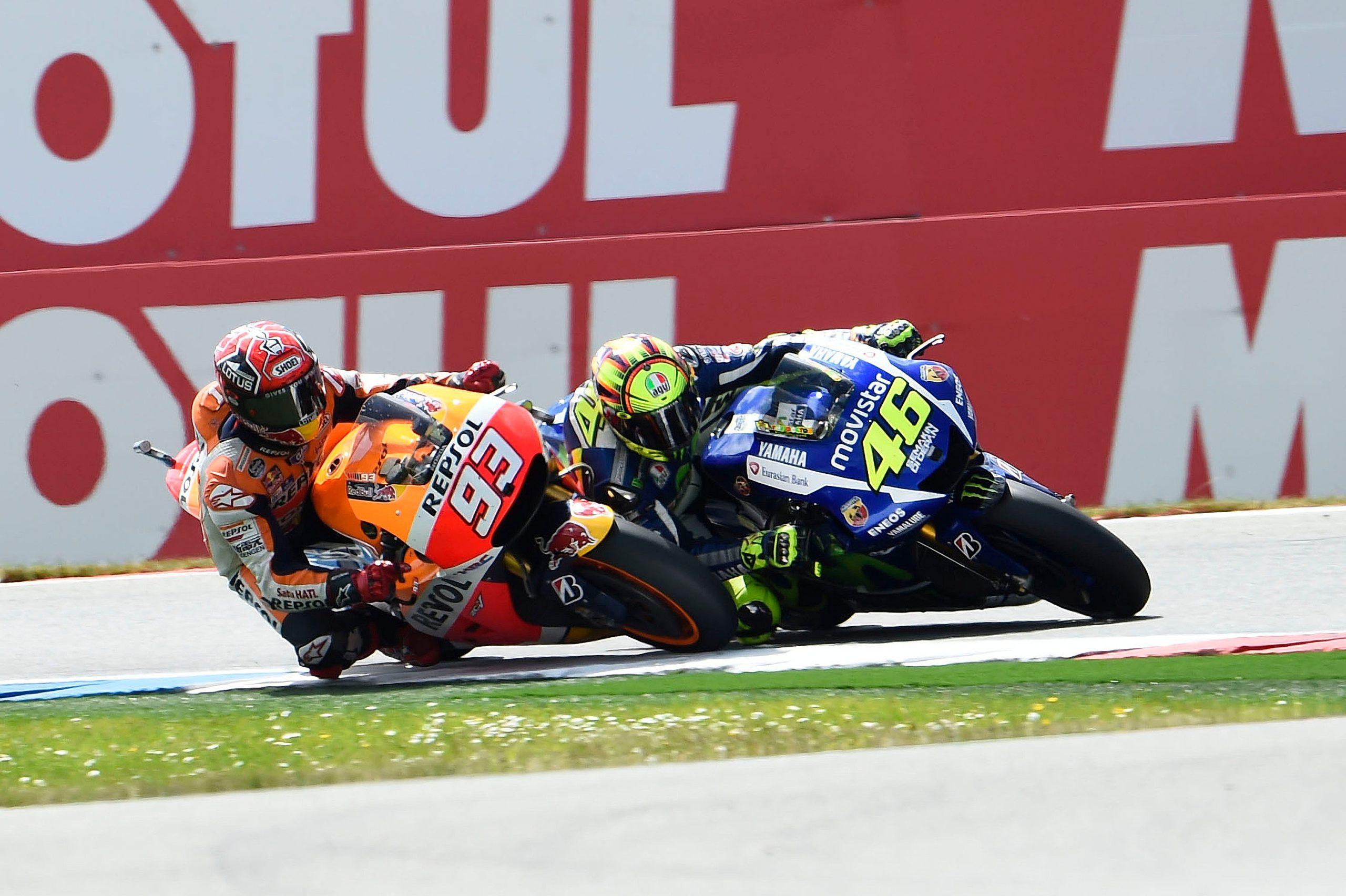 Rossi vs Marquez w Assen w 2015 roku