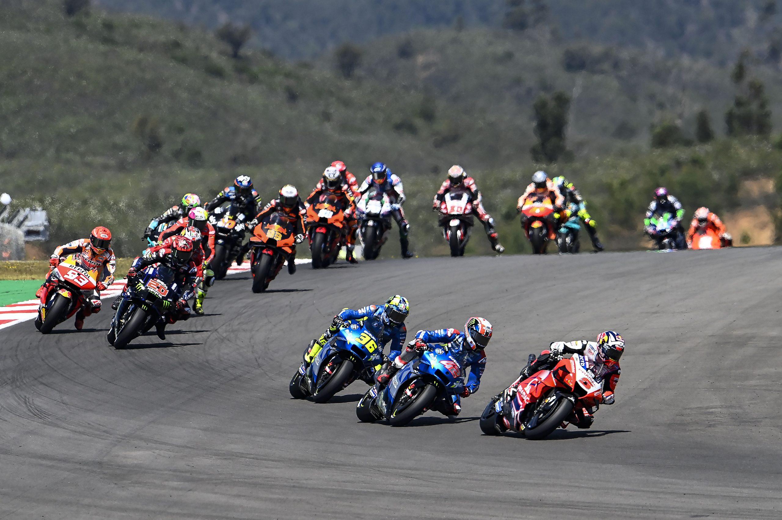 Johann Zarco na czele wyścigu MotoGP w Portugalii