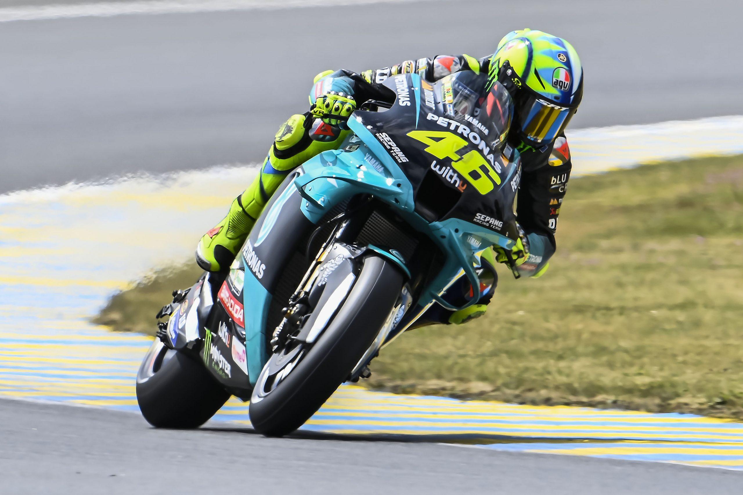 Valentino Rossi w akcji na Le Mans podczas GP Francji 2021