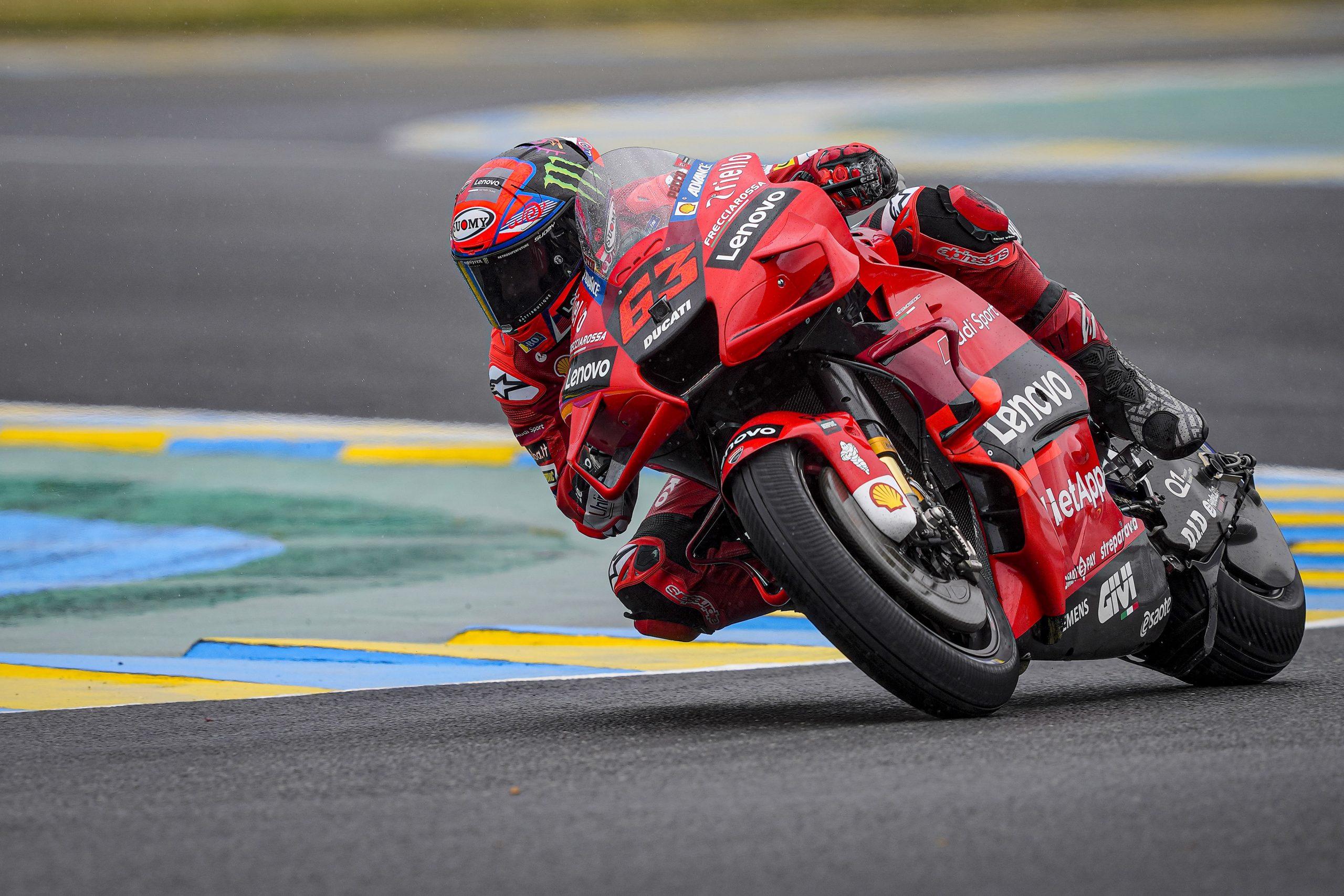 Pecco Bagnaia w akcji podczas GP Francji 2021